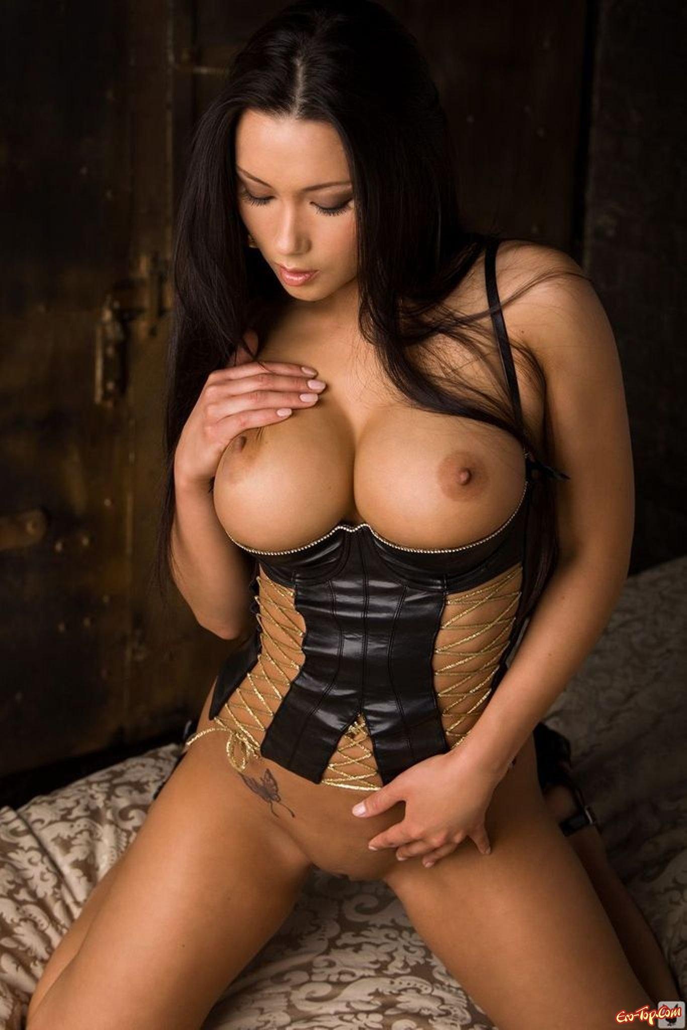 топ порно актрис с пятым размером груди