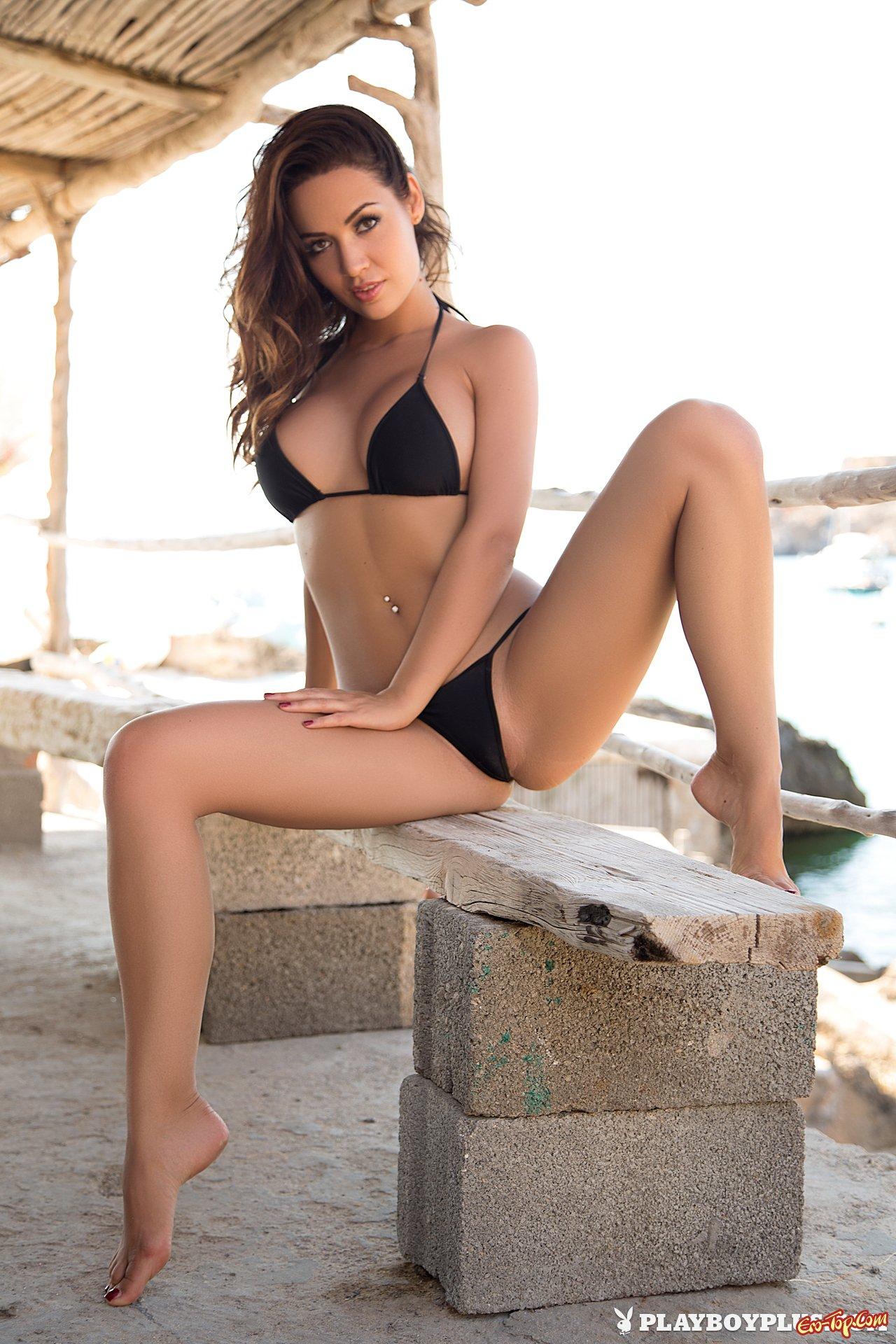 allie deberry nude pics