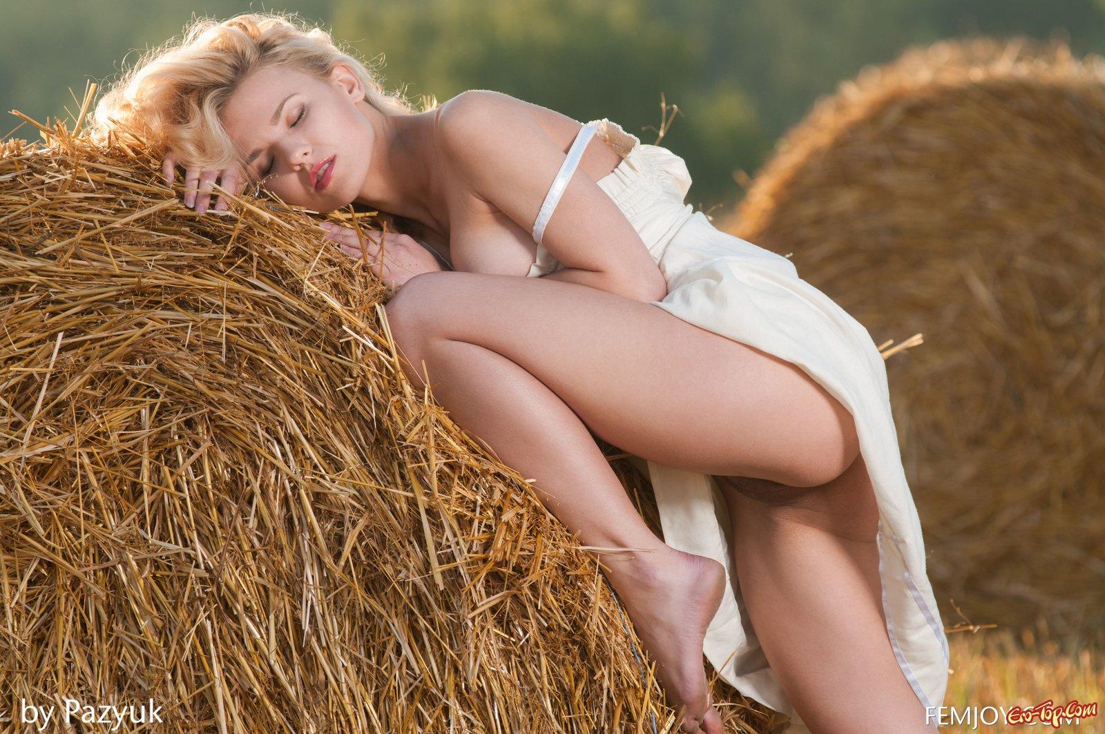 Колхозная эротика смотреть эротику