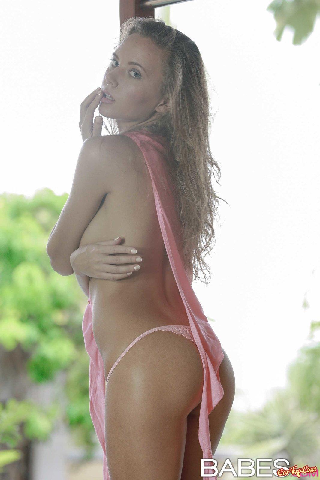 Katya Clover сняла бельё
