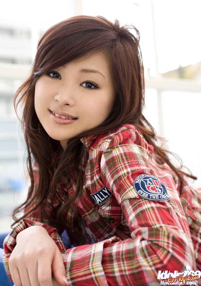 Симпатичная попа азиатки смотреть эротику