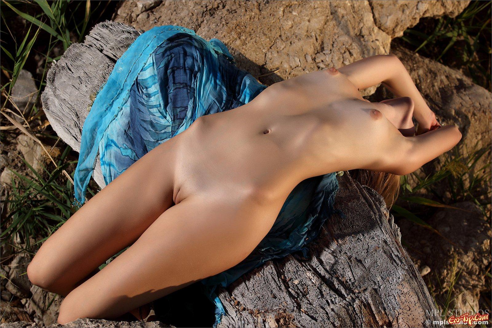 Идеальная эротика на море секс фото