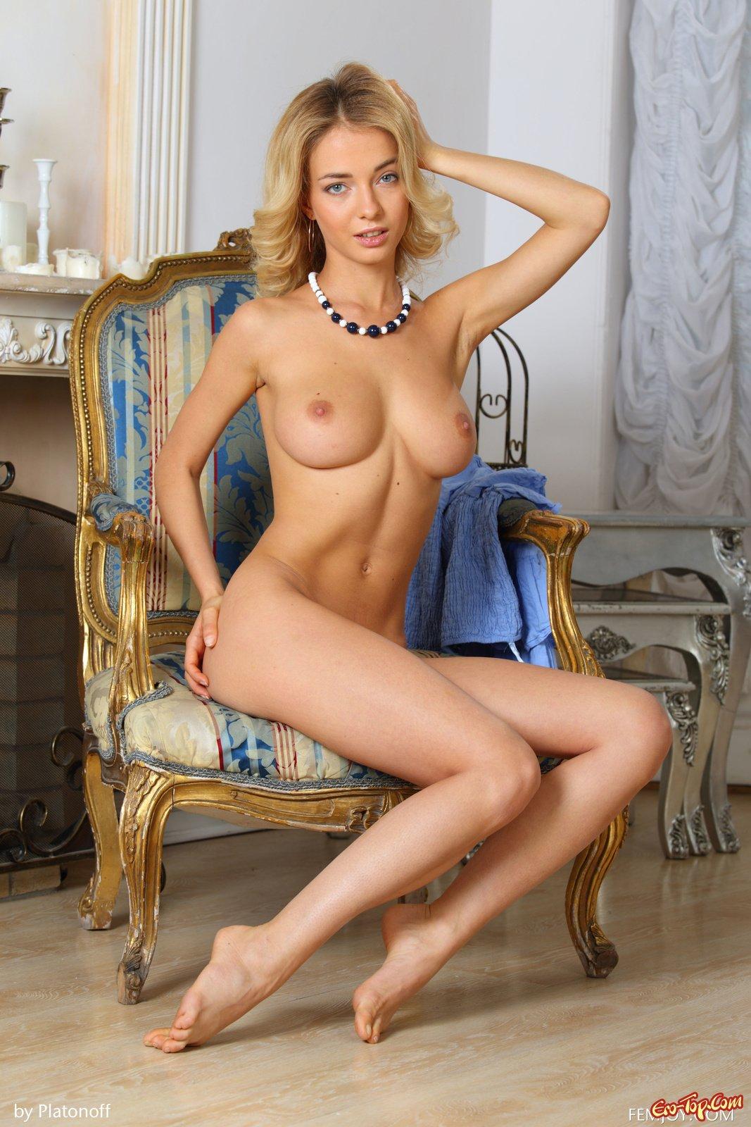 Красивая натуральная грудь смотреть эротику