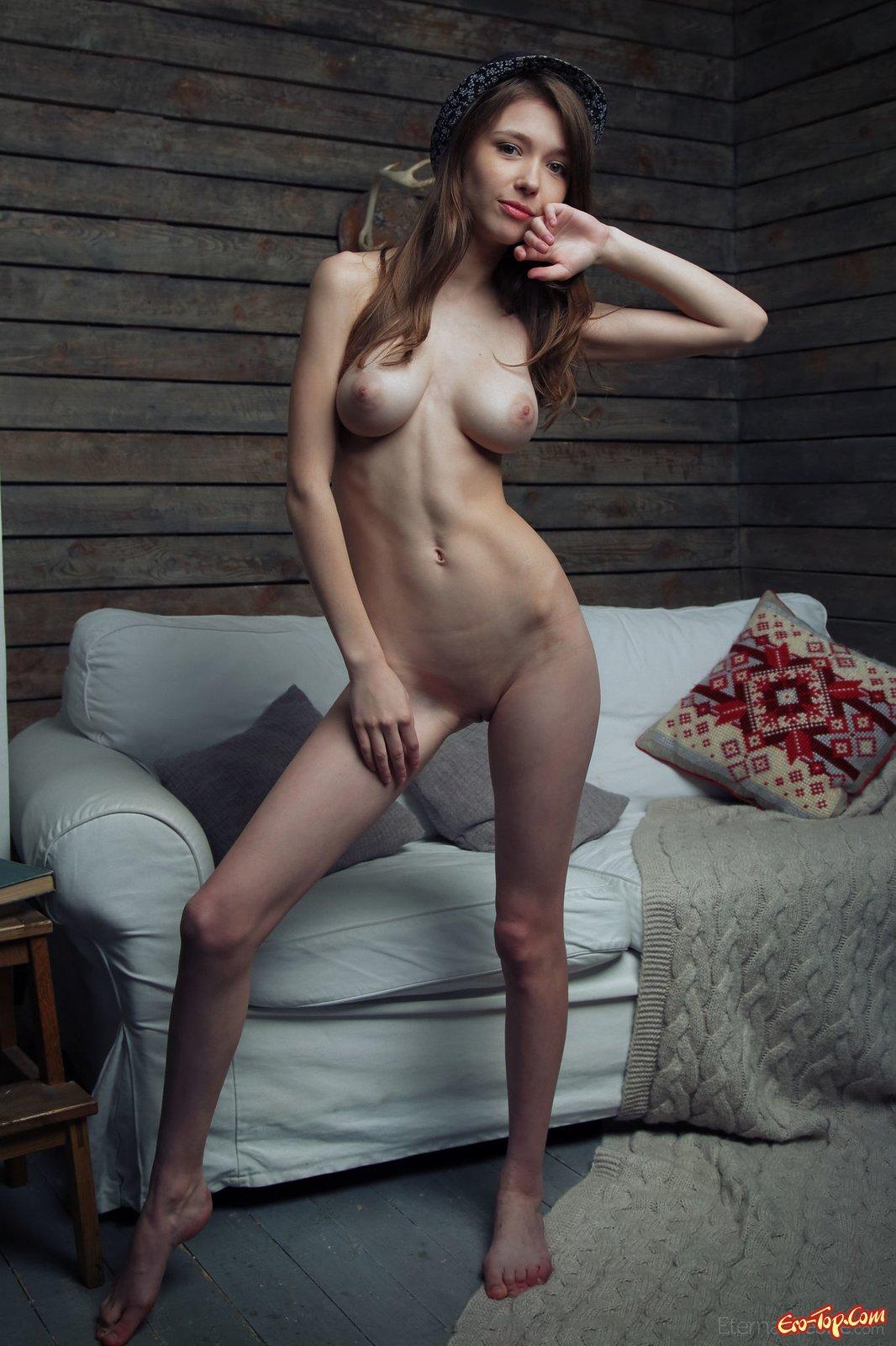 Порно сисястая очень худая