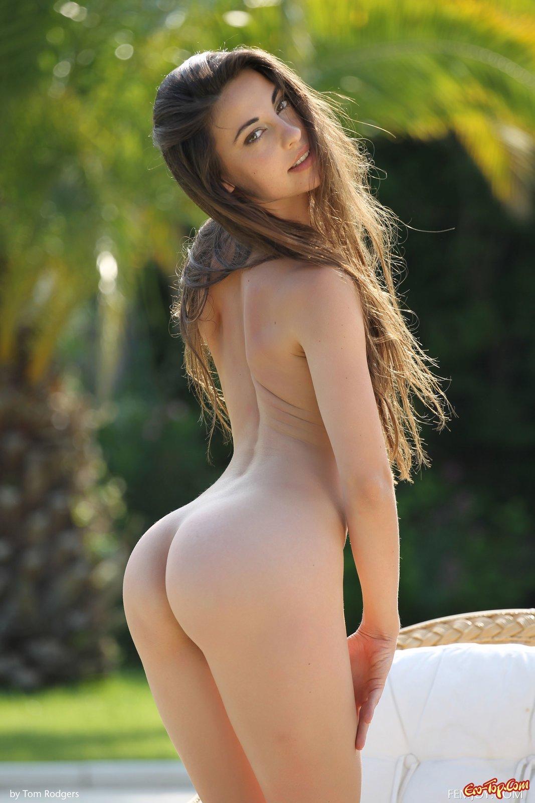 Худышка Lorena Garcia