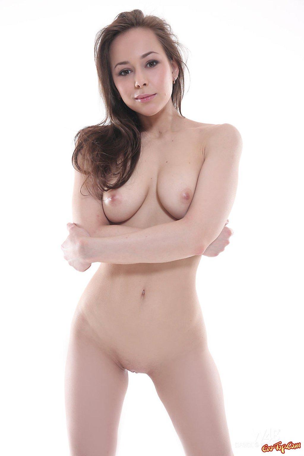 Красивая девушка с большими сиськами