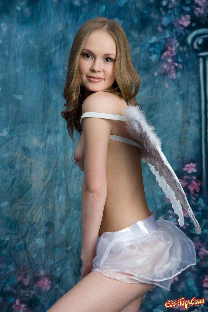 Голая супермодель ангел