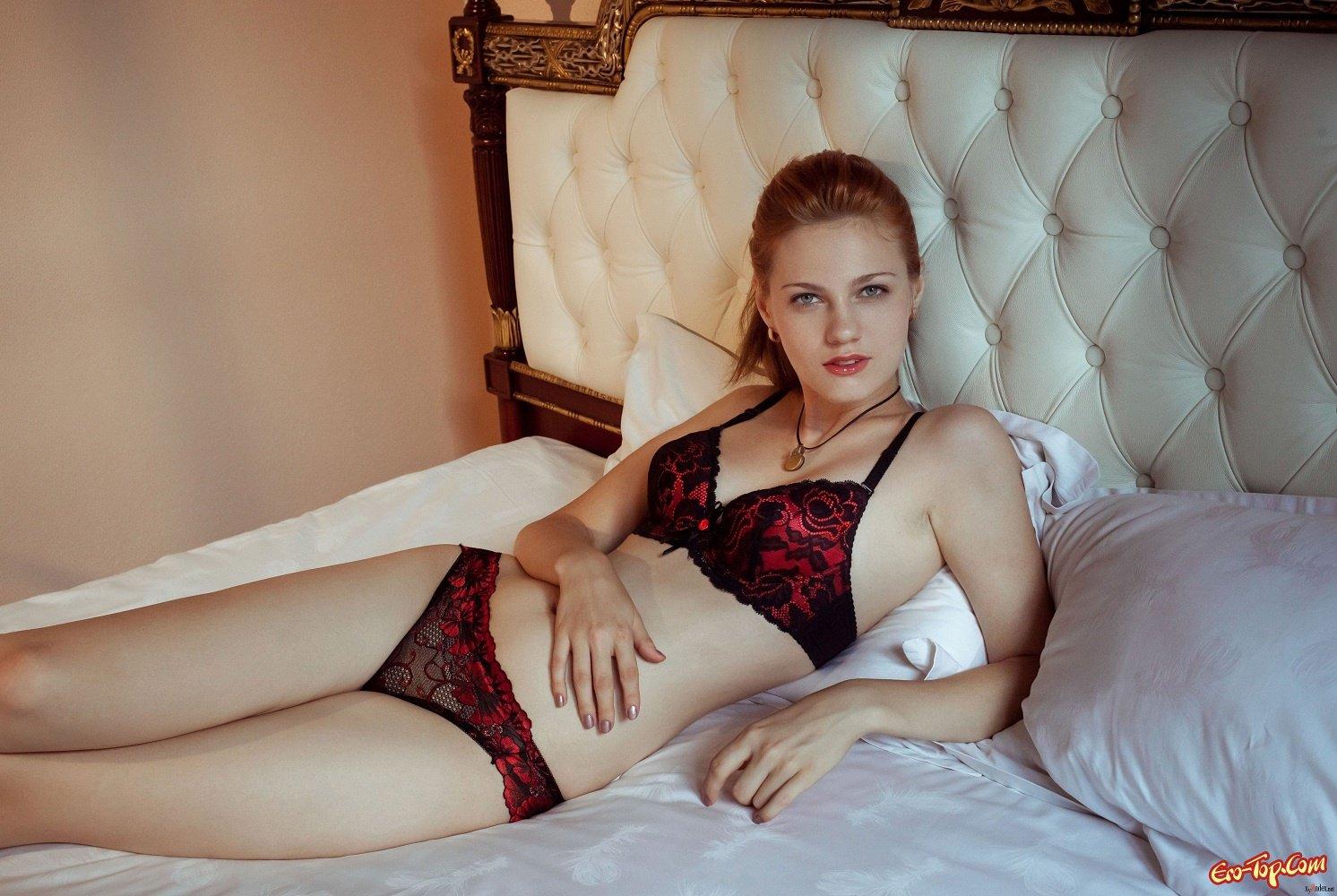 Рыжая в постели