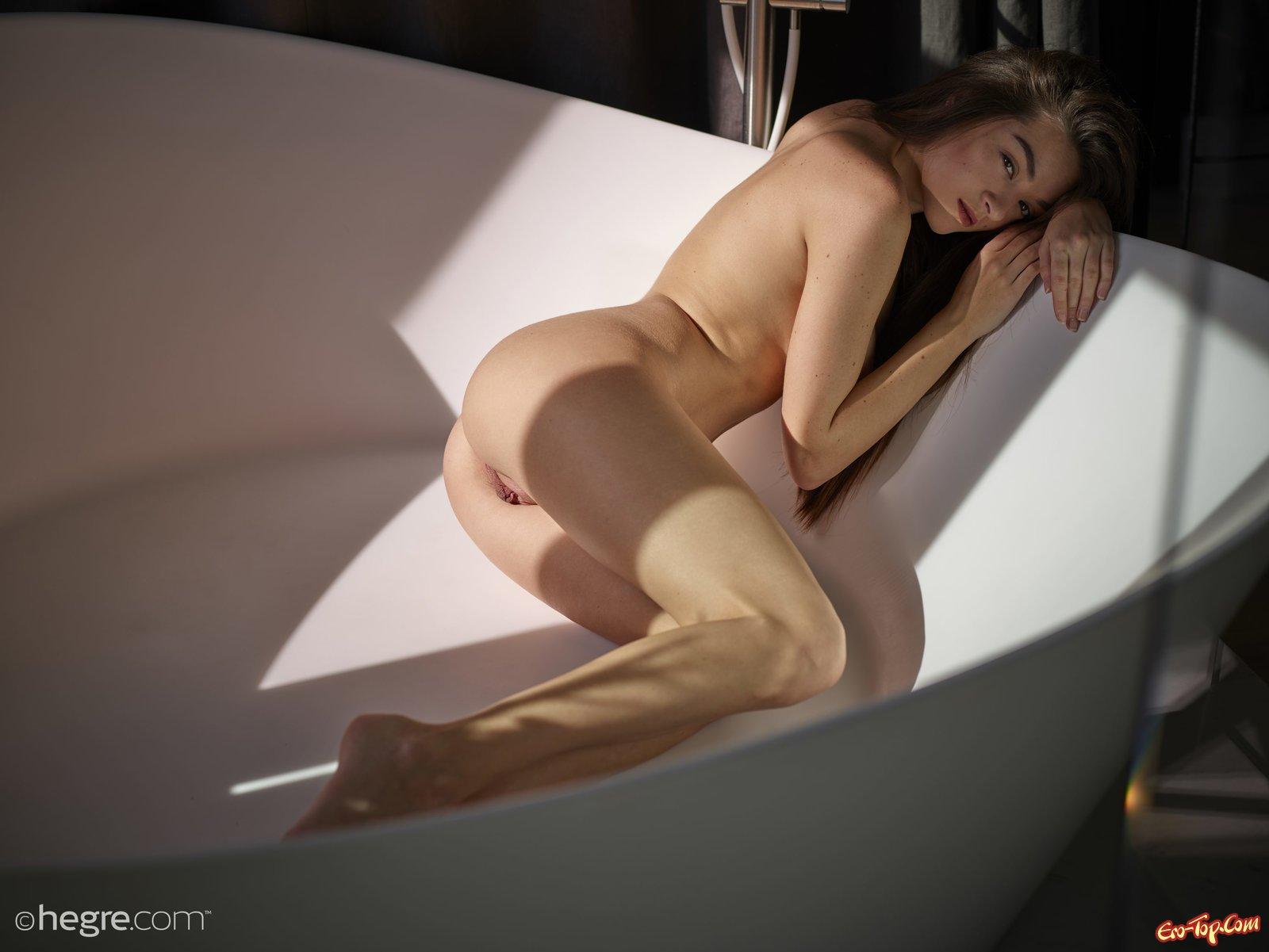 Вам лижет после туалета лесби верю!!!